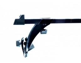 Багажник за коли закрепване за водобранната лайсна RB-100 1бр.