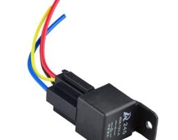 Модул  за автоматично включване и изключване на Дневни светлини + гнездо за бушон и куплунг с кабели 4 пина 1кт.