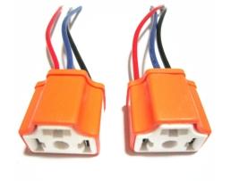 Букса с кабел за автомобилна крушка Н4 1бр.
