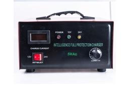 Зарядно устройство ,Токоизправител за автомобилен акумулатор Automax 12V / 24 V 50A 1бр.